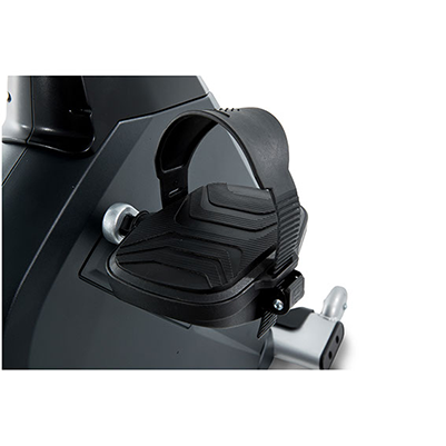 Spirit Fitness CR900 recumbent Bike pedals.